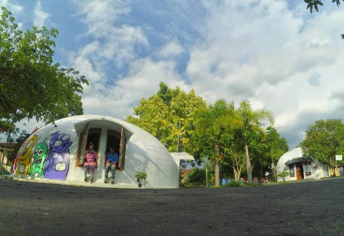 New Ngelepen dome of Teletubies